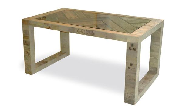 Table de jardin en palettes pictures to pin on pinterest - Construire une table avec des palettes ...
